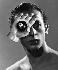 Área Visual - Blog de Arte y Diseño: El surrealismo animado de Bill Domonkos