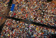 Central park during a Diana Ross concert with picknickers, seen from air. USA. New York. 1983. Photo: Thomas Hoepker