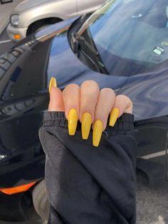 Look at these long acrylic nails. #longacrylicnails - #acrylic #longacrylicnails #nails #these - #Genel #AcrylicNailsStiletto Coffin Nails Long, Long Nails, My Nails, Long Cute Nails, Dark Nails, White Nails, How To Do Nails, Long Nail Designs, Acrylic Nail Designs