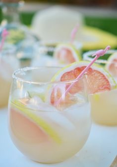 Grapefruit Margaritas are a virtual trip to Palm Springs #weeknightpartygirl