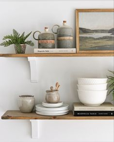 Open shelf styling for dining or kitchen spaces, mcgee & co, modern living, modern farmhouse, neutral home decor inspo Country Girl Home, Country Decor, Open Shelving, Modern Living, Home Kitchens, Floating Shelves, Modern Farmhouse, Shelf, Neutral