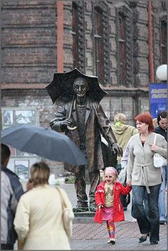 A statue of sculptor Andrew Pozdeev in Krasnoyarsk, Russia
