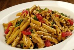 Firebird Pasta - (chili asiago cream sauce, penne pasta, chicken, apple wood-smoked bacon, green onions and tomato) - me starting to eat healthy.so giving this pasta a try:) I Love Food, Good Food, Yummy Food, Great Recipes, Dinner Recipes, Favorite Recipes, Restaurant Recipes, Pasta Dishes, Food Dishes