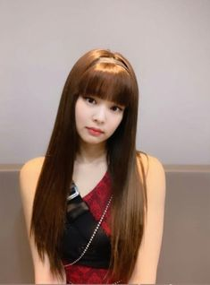 Uwu look like a baby Kim Jennie, Divas, Kpop Girl Groups, Kpop Girls, Black Pink Kpop, Blackpink Photos, Kim Jisoo, Blackpink Fashion, Blackpink Lisa
