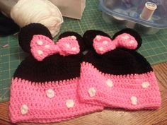 Minnie Mouse Crochet Hat by Becca Rewritten