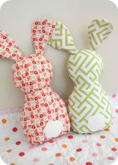 Sewing Toys This bunny pattern is so adorable! Awesome website for girl patterns and just beautiful overall. Sewing Hacks, Sewing Tutorials, Sewing Patterns, Sewing Toys, Baby Sewing, Baby Crafts, Easter Crafts, Craft Projects, Sewing Projects