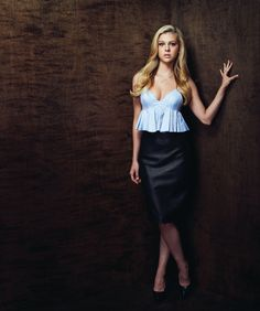 Nicolas Peltz, Christian Dior, Strapless Dress, Celebs, Pencil Skirts, Formal Dresses, Blond, Womens Fashion, Wattpad