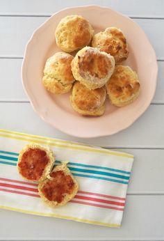These 3 Ingredient Lemonade Scone are so EASY to make! - Create Bake Make