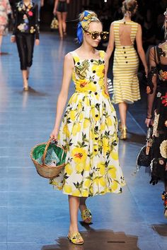 The Prettiest Dresses From Milan Fashion Week - Pretty Dresses at Spring 2016 Milan Fashion Week-Elle Spring Dress Trends Source by cherantjiegreen - Moda Fashion, Runway Fashion, Fashion Show, Spring Fashion, Fashion Fashion, Street Fashion, Dolce Gabbana, Milano Fashion Week, Mannequins