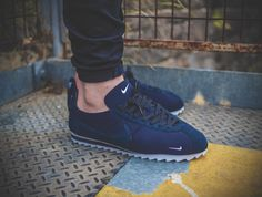 Nike Cortez Shark Low SP Big Tooth Nike Cortez, Nike Run, Nike Kicks, King Shoes, Nike Shoes Air Force, Zapatillas Casual, Nike Classic Cortez, Baskets, Fresh Shoes