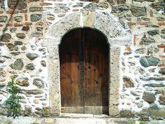 Very old door in Poland by b.onosimoski.