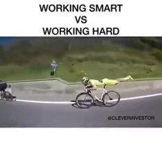 Funny Short Videos, Funny Video Memes, Stupid Funny Memes, Funny Relatable Memes, Haha Funny, Hilarious, Fishing Humor, Funny Clips, Just For Laughs