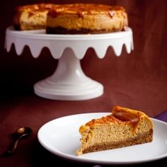 This Pumpkin Mascarpone Cheesecake will make your family forget that pies even exist this Thanksgiving. Start a new tradition.