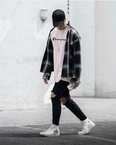 Streetwear is very good for fall because most of it involves jackets, oversized . - Streetwear is very good for fall because most of it involves jackets, oversized clothing, higher ex - Fashion Guys, Black Women Fashion, Fashion Shirts, Womens Fashion, Fashion Ideas, Fashion Fashion, Jackets Fashion, Budget Fashion, Fashion Menswear