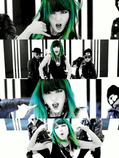 Damn right you're a crazy girl Jiyoon. But DAMN her hair though, that use of color in the Crazy mv was just fan-fucking-tastic