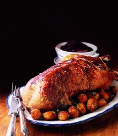 Why have turkey when you can have goose? This goose recipe goes especially well with spiced red cabbage and hasselback potatoes as shown in the imag Spiced Red Cabbage, Red Cabbage Recipes, Roast Goose Recipes, Cooked Goose, Prune Recipes, Roast Dinner, Lunch Recipes, Healthy Recipes, Yummy Food