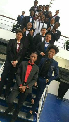 One of these niggas goin to prom with me no excuses Cute Black Guys, Gorgeous Black Men, Black Boys, Cute Guys, Beautiful Men, Beautiful People, Fine Black Men, Handsome Black Men, Fine Men