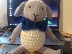 Doudou mouton en crochet