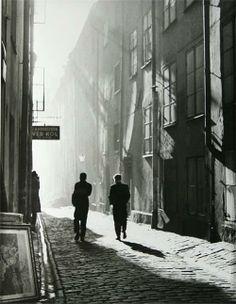 """The Old City"" - Stockholm - 1951 - photographer Dirk de Herder."