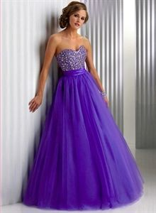 Gorgeous Beaded Strapless A-Line Tulle Sweetheart 2010 Ball Gown Dress $166.00