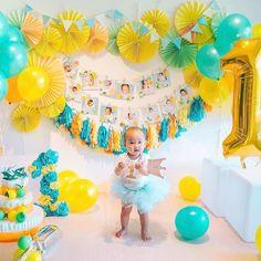Party in Your Hands  by @kazumi.tana  同じ生まれ月のベビーが13組も集まった合同の1st birthday partyテーマはシトラスガーデン爽やか色使いがかわいい  #ファーストバースデー #誕生日飾り付け #1歳 #1歳誕生日 #バースデーフォト #ペーパーファン #タッセルガーランド  #フォトガーランド #partydecor #paperfan #papergarland  #photogarland #birthdayphoto #1stbirthday #  @kazumi.tanaさんありがとうございます  ------------------------ SHOW US #archdays  ARCH DAYSではみなさんのParty in Your Handsな写真を募集していますウェディングやお誕生日会ホームパーティーなど特別な日のパーティーデコレーションやDIYアイテムの写真に#archdays のハッシュタグをつけて投稿してください  過去の投稿でもOKです  投稿いただいた中からステキな写真をARCH…