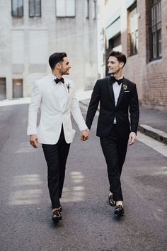 Joseph and Raif Wedding Groom, Wedding Pics, Budget Wedding, Mens Wedding Tux, White Wedding Suit, Wedding Ideas, Lesbian Wedding, Wedding Couples, Wedding Photographie