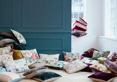 Almofadas feitas com tecidos Sanderson - à venda na Nova Decorativa! #decoração #almofada #pillow #tecido #homedecor #fabric #Sanderson