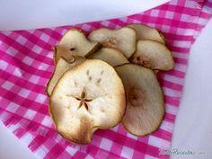 Aprenda a preparar chips de frutas secas com esta excelente e fácil receita.  Os chips de frutas desidratadas são perfeitos para o lanche das crianças, ou para...
