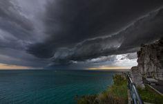strada costiera/coast road-temporale/storm-Trieste (foto de Il Piccolo)