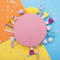 Creative Layout With Pink Flowers, Paper Heart Over Punchy Pastel Background. Cutted Heart In Punchy Pastel Paper Background. Birthday Background Design, Birthday Design, Birthday Greetings, Birthday Wishes, Happy Birthday, Fond Design, Birthday Frames, Pastel Paper, Pastel Background