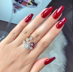 Image about fashion in Nails by 𝒫𝒶𝓊𝓁𝒾𝓃𝒶 🎀 on We Heart It - Nägel farben - Nail Manicure, Gel Nails, Nail Polish, Glitter Nails, Almond Nails Designs, Nail Designs, Cute Nails, Pretty Nails, Pretty Eyes