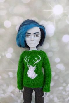 Matching Christmas sweaters with deer. Doll clothes for 12 Matching Christmas Sweaters, Matching Sweaters, Monster High Doll Clothes, Monster High Dolls, Christmas Deer, Boy Doll, Green Sweater, Custom Dolls, Body Size