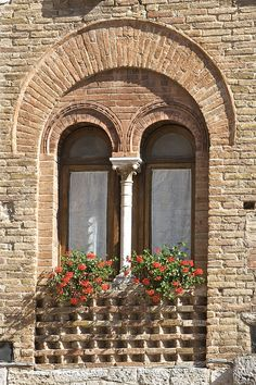 Tuscan Windows by Clarissa Mattos, via Flickr