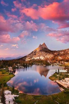 Yosemite at sunset -- Cathedral Lake