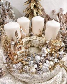 Christmas Advent Wreath, Christmas Flowers, Christmas Tree Themes, Christmas Deco, Xmas Decorations, Christmas Holidays, Christmas Crafts, Modern Christmas, Rustic Christmas