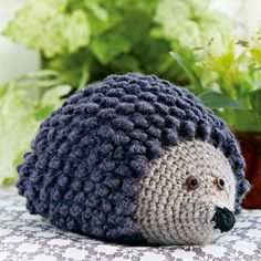 1562 Best Amigurumi images in 2020 Crochet Home Decor, Crochet Art, Cute Crochet, Crochet Animals, Crochet Toys, Crochet Patterns, Crochet Christmas Garland, Hedgehog Craft, Crochet Scarves