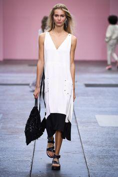 By Malene Birger Spring/Summer 2017 Ready-To-Wear Collection | British Vogue