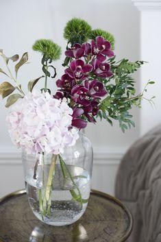 Beautiful Flowers, Glass Vase, Autumn, Home Decor, Decoration Home, Pretty Flowers, Room Decor, Fall, Interior Decorating