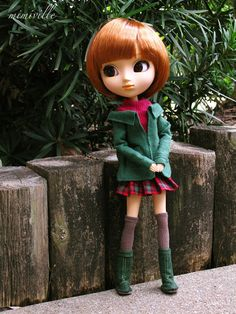 Holly Berry, an outfit for Pullip dolls {by mimiville on etsy}