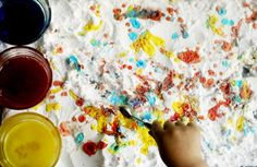 DIY Food Coloring and Baking Soda plus vinegar - super fizzy awesome