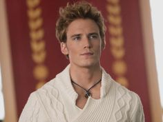 Finnick Odair won the hunger games at the age of: