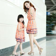 La familia de moda vestido de verano para la madre y la hija