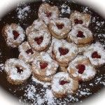 The best Czech christmas cookies in the world: Linz Tarts / Nejlepsi vanocni pecivo na svete: linecka kolecka