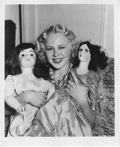 Lyda Roberti Vintage re Strike Photo Gorgeous Glamour Portrait with Dolls   eBay