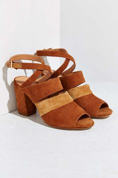 Frances Heel - Urban Outfitters