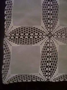 Filet Crochet, Crochet Mat, Crochet Motifs, Crochet Doilies, Crochet Stitches, Crochet Patterns, Unique Crochet, Beautiful Crochet, Christmas Table Cloth