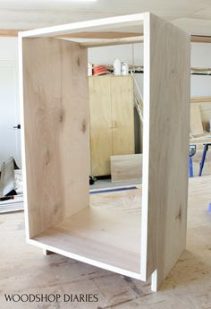 You CAN build your own cabinets and DIY furniture. But you need a few simple tools. I'll share the must have tools for building your own ca. Diy Furniture Tutorials, Diy Furniture Plans, Furniture Projects, Furniture Making, Awesome Woodworking Ideas, Easy Woodworking Projects, Woodworking Plans, Woodworking Finishes, Woodworking Supplies