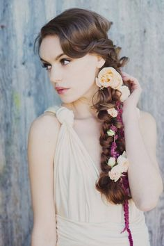 50 Floral Crown Styles + Ideas | Flowers In Her Hair