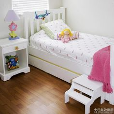 Simple kids room decoration 2016