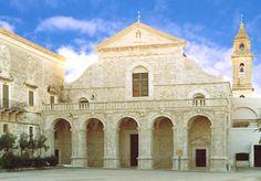 HiPuglia: Andria. Il Santuario di Santa Maria dei Miracoli.  http://www.hipuglia.com/2012/02/andria-il-santuario-di-santa-maria-dei.html